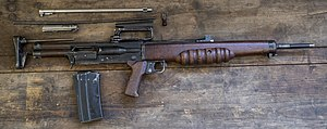 British Assault Rifles MOD 45162602.jpg