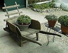 Brouette wikip dia - Brouette de jardin en bois ...