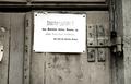 Bundesarchiv Bild 101I-030-0794-38A, Polen, Seuchen-Hinweisschild an Tür Recolored.png