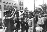 Bundesarchiv Bild 101I-424-0258-32, Tripolis, Ankunft DAK, Rommel