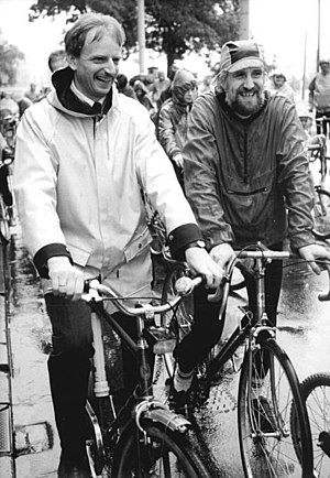 Herbert Wagner (politician) - Herbert Wagner (left) in 1990)