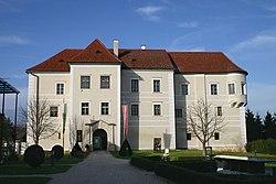 Burgau Schloss.jpg
