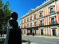Busto de Gualberto Villarroel - Plaza Murillo.jpg