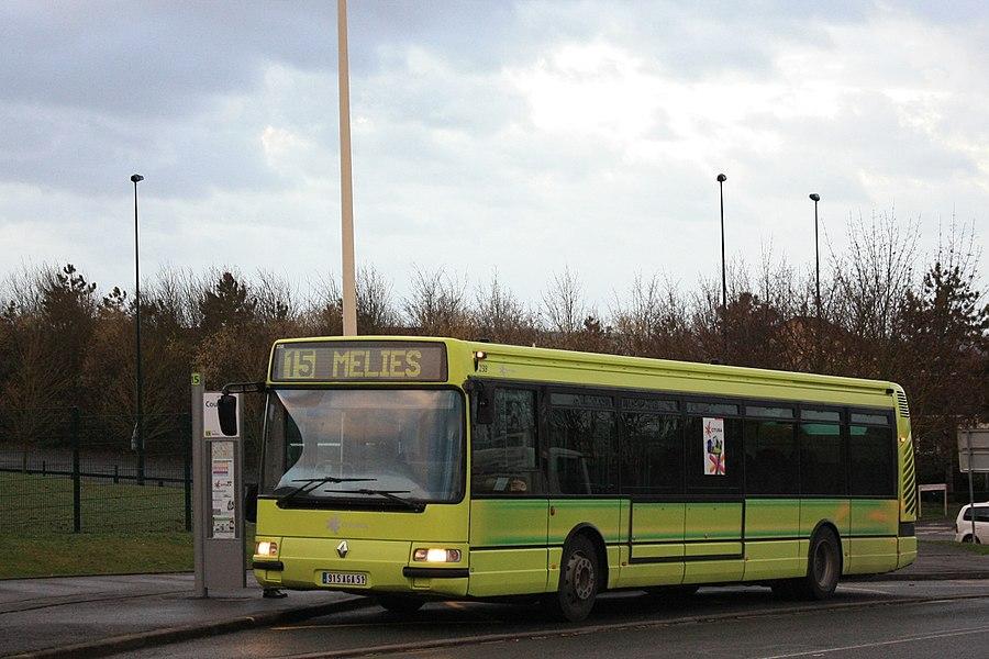 Un Irisbus Agora S des CITURA au terminus Collège Coubertin de la ligne 15