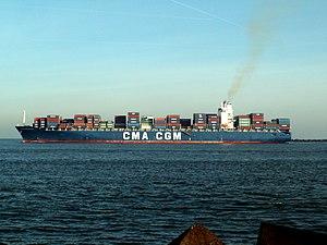 CMA CGM Balzac pic2, leaving Port of Rotterdam, Holland 23-Jan-2006.jpg