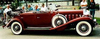 Phaeton body - Cadillac V16 1932 with dual cowl