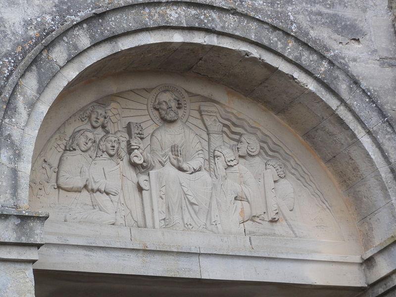 Caillouël-Crépigny (Aisne) église Saint-Pierre, tympan