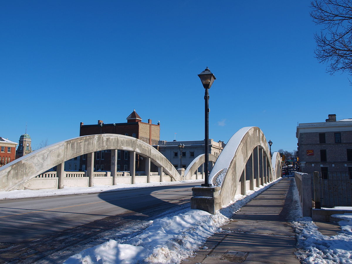 Cambridge Main Street Bridge