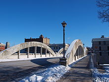 Cambr Main st bridge.jpg