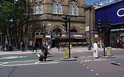 Camden Road railway station MMB 02.jpg