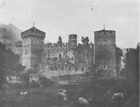 File:Castello di Fenis, veduta a ponente, fig 131, Nigra.tiff