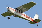 Cessna 180 'N9425C' (33742356970).jpg
