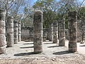 Chichén Itzá - Gruppe der 1000 Säulen 3.jpg