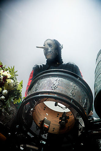 Chris Fehn - Chris Fehn at Allstate Arena with Slipknot in 2009.