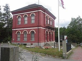 United States Customshouse (Barnstable, Massachusetts) - Image: Coast Guard Museum Customhouse Barnstable MA