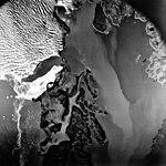 Columbia Glacier, Heather Island, Calving Terminus, August 22, 1979 (GLACIERS 1157).jpg