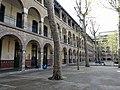 Cour lycée Molière, Paris 16e 3.jpg