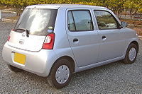 Daihatsu Esse 2005 2.jpg