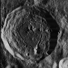 道尔顿陨石坑