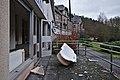 Damaged bathtub in front of an entrance to Sanatorium du Basil, Stoumont, Belgium (DSCF3514).jpg