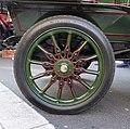 Darracq 1903 Tonneau Wheel at Regent Street Motor Show 2015.jpg