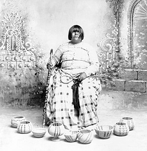 Washoe people - Louisa Keyser (Dat So La Lee), Washoe basketweaver
