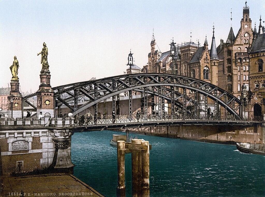 Die Brooksbrücke über den Zollkanal (c.1895)