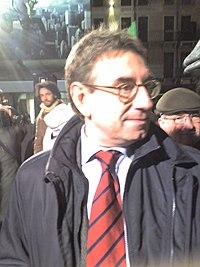 Oliviero Diliberto dopo il comizio elettorale per la Sinistra l'Arcobaleno a Padova