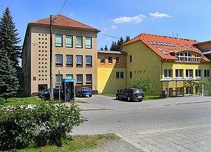 Dolní Loučky - Image: Dolní Loučky, old and new school