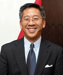 https://upload.wikimedia.org/wikipedia/commons/thumb/4/44/DonLu.jpg/220px-DonLu.jpg