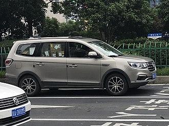 Dongfeng Fengxing SX6 - Dongfeng Fengxing SX6 side