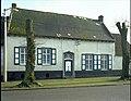 """Dorpswoning """"vml.brouwershuis"""", voorgevel - alg.zicht (L.60°) - 356917 - onroerenderfgoed.jpg"""