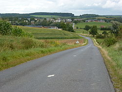 Doumely-Bégny (Ardennes) paysage avec vue sur Doumely.JPG