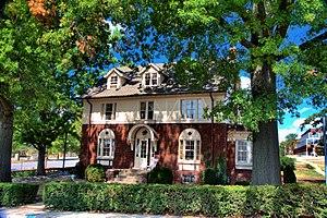Dr. E. Sanborn Smith House - Dr E. Sanborn Smith House, September 2013