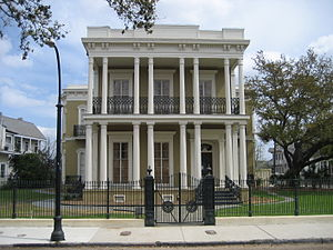 Esplanade Avenue, New Orleans - The Dufour-Baldwin House at 1707 Esplanade Avenue.  It was completed in 1859.
