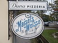 Duna pizzeria, Baratsag utja, 2016 Dunakeszi.jpg