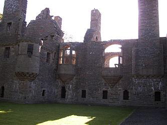 Earl's Palace, Kirkwall 2.jpg
