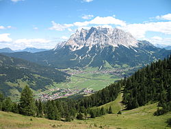 Ehrwald Wettersteingebirge.jpg