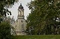 Eingebettet in Grün-Frauenkirche zu Dresden.jpg