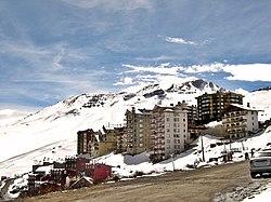 Vista del centro de esquí El Colorado.