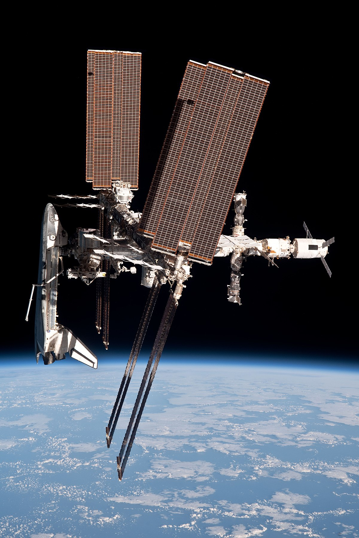 space shuttle to iss -#main