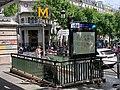 Entrée Station Métro Barbès Rochechouart Paris 2.jpg