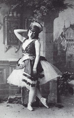 Virginia Zucchi - Virginia Zucchi in La Esmeralda, 1886