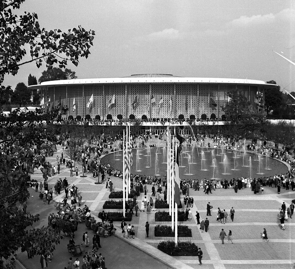 Expo58 building USA