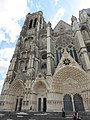 Façade occidentale cathédrale Saint-Étienne Bourges 03.jpg