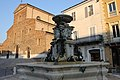 Faenza, fontana monumentale (03).jpg