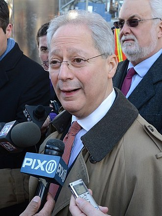 2005 New York City mayoral election - Image: Fernando Ferrer crop