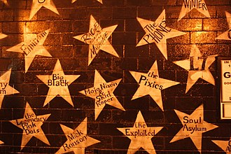 First Avenue (nightclub) - Image: First Avenue Exterior Stars 3