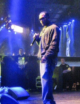 """Right Round - Flo Rida performing """"Right Round"""" at the Circus Club in Finland on 9 July 2009."""