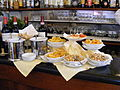 Florenz - Pikante Barsnacks in einer Bar der gehobenen Klasse.jpg